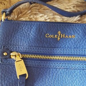 Gorgeous Cole Haan crossbody purse